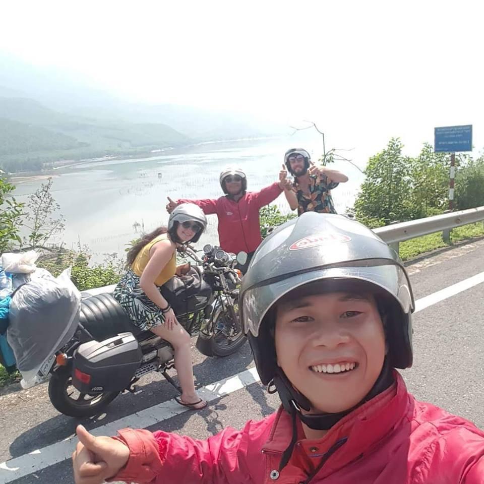 Hue motorbike tour's team